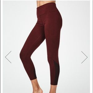 Super Sculpt High Waisted Mesh 7/8 Yoga Leggings S